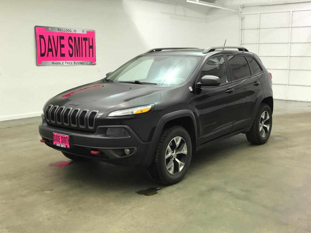 Pre-Owned 2015 Jeep Trailhawk Sport