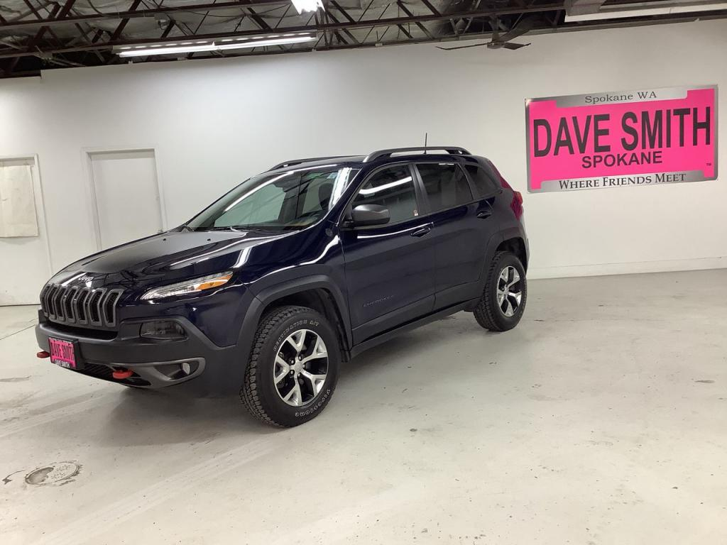 Pre-Owned 2016 Jeep Trailhawk