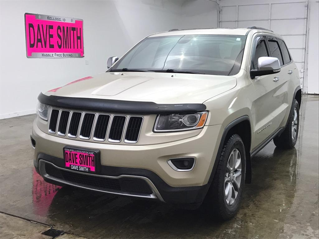 Pre-Owned 2014 Jeep Limited