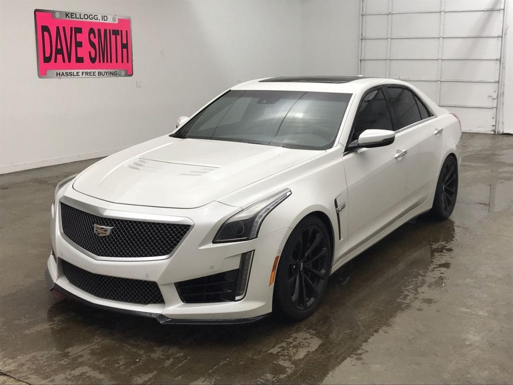 Pre-Owned 2017 Cadillac Base