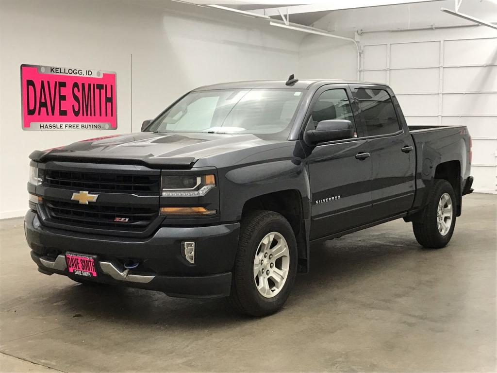 Pre-Owned 2018 Chevrolet LT Z71 Crew Cab Short Box