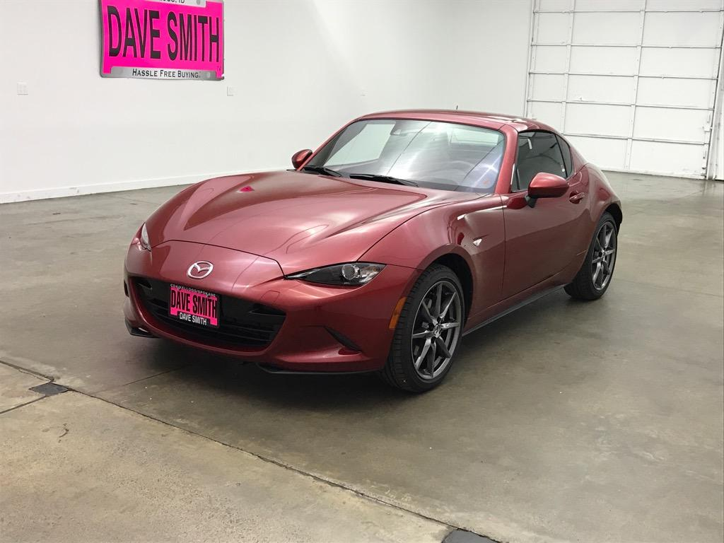 Pre-Owned 2017 Mazda Grand Touring