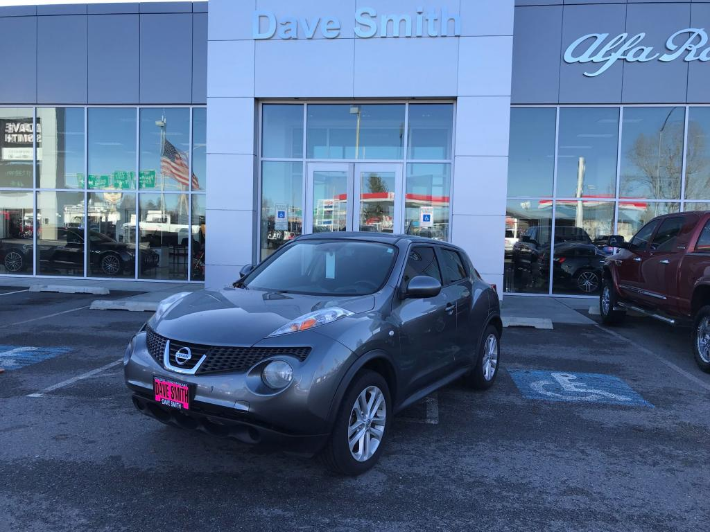 Pre-Owned 2012 Nissan SV