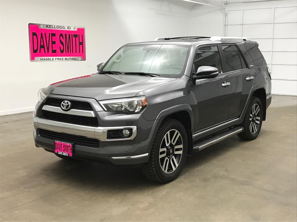 Pre-Owned 2017 Toyota SR5 Limited