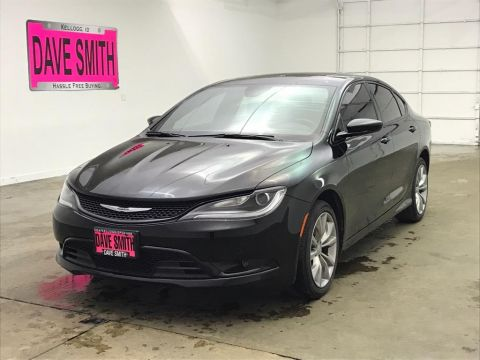 Pre-Owned 2015 Chrysler S