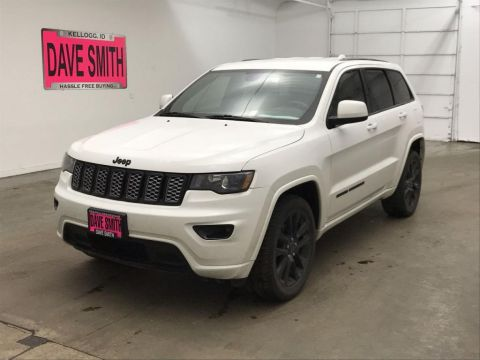 Pre-Owned 2017 Jeep Altitude