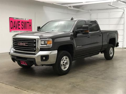 Pre-Owned 2016 GMC SLE Crew Cab Short Box