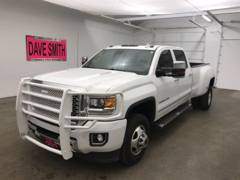Pre-Owned 2015 GMC Denali Crew Cab Long Box