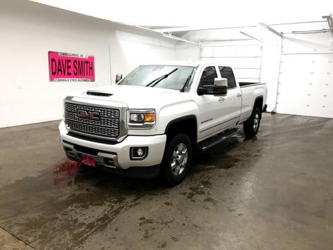 Pre-Owned 2018 GMC Denali Crew Cab Long Box