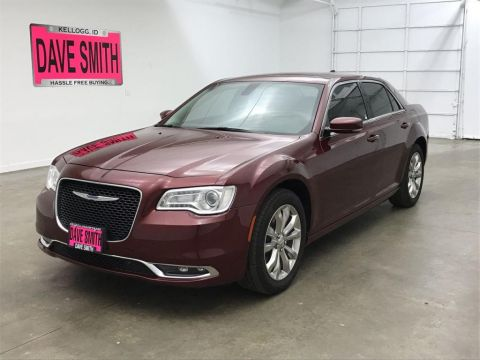 Certified Pre-Owned 2017 Chrysler Limited