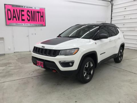 Pre-Owned 2017 Jeep Trailhawk