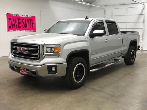 Pre-Owned 2015 GMC SLT