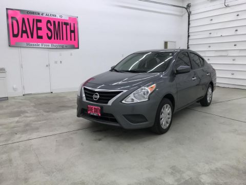 Pre-Owned 2017 Nissan Versa SV FWD 4dr Car