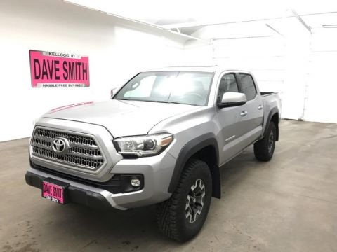 Pre-Owned 2017 Toyota TRD Crew Cab Short Box