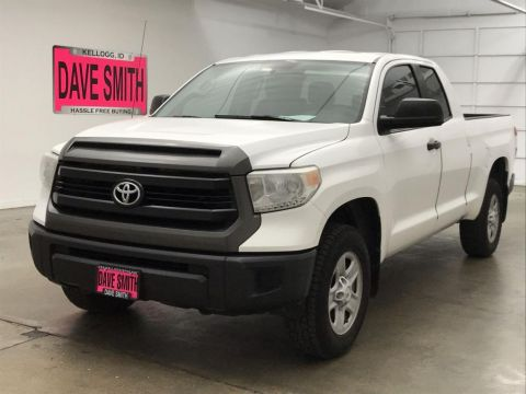 Pre-Owned 2014 Toyota Crew Cab Short Box