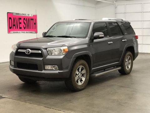 Pre-Owned 2013 Toyota SR5
